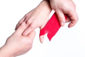 Když vás začnou bolet prsty na rukou - byroncaspergolf.com